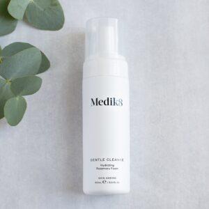 Gentle Cleanse Medik8 | schoonheidssalon Leonie | Nieuwstadt | Limburg | webshop